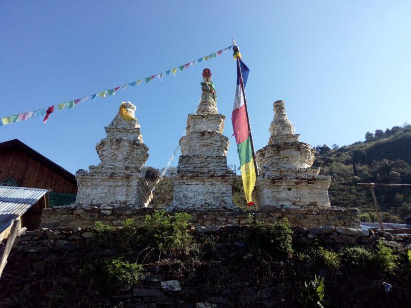 Buddhist Chortens in Cholangpati-5